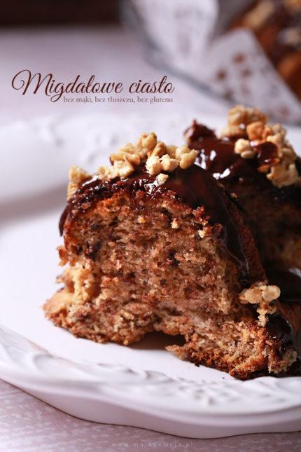 Migdałowe ciasto z czekoladą – bez mąki, bez tłuszczu, bez glutenu