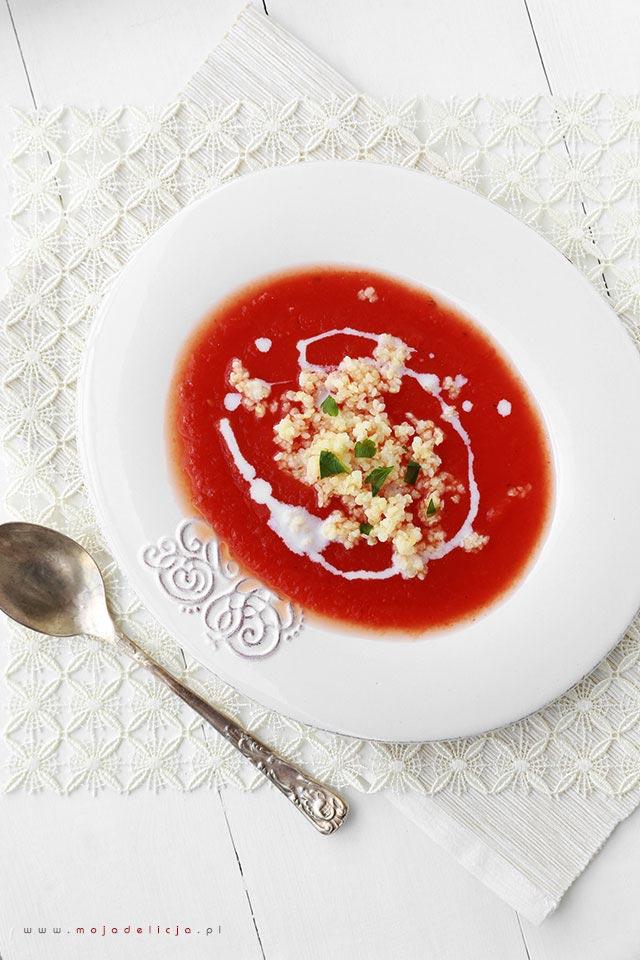 Zupa pomidorowa ze świeżych pomidorów z kaszą jaglaną (bez nabiału)