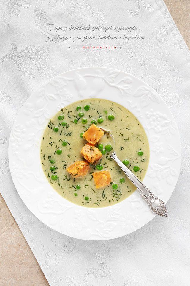 Zupa z końcówek zielonych szparagów z groszkiem, batatami i koperkiem