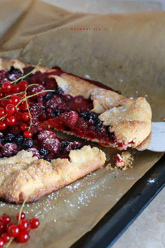 galette-z-porzeczkami-i-malinami-tarta-owoce