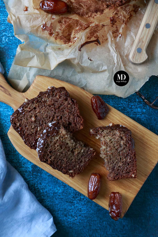 Ciasto daktylowe z kokosem bez cukru - bez miksera