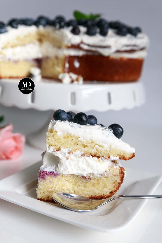 Tort na Dzień Mamy - szybkie ciasto cytrynowe bez miksera z bitąśmietaną i borówkami